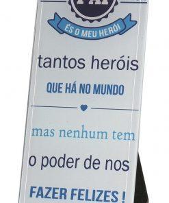 """Placa de Vidro """"Tantos Heróis"""""""