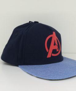 Boné Azul Avengers com Impressão Pala Inferior