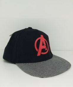 Boné Preto Avengers com Impressão Pala Inferior